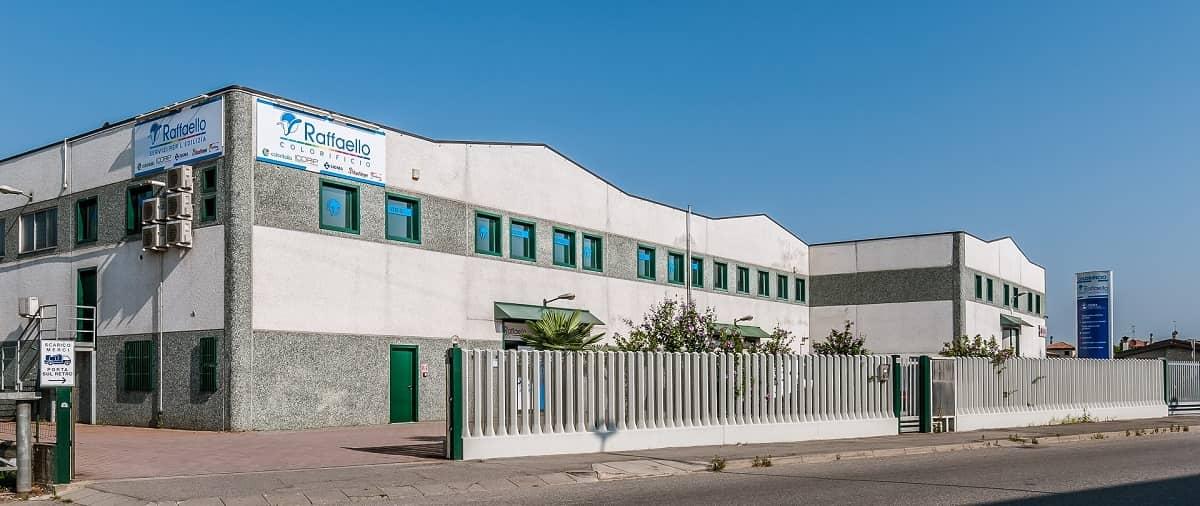 RSC Raffaello, sede di Covo, 1000 mq colorificio ed edilizia